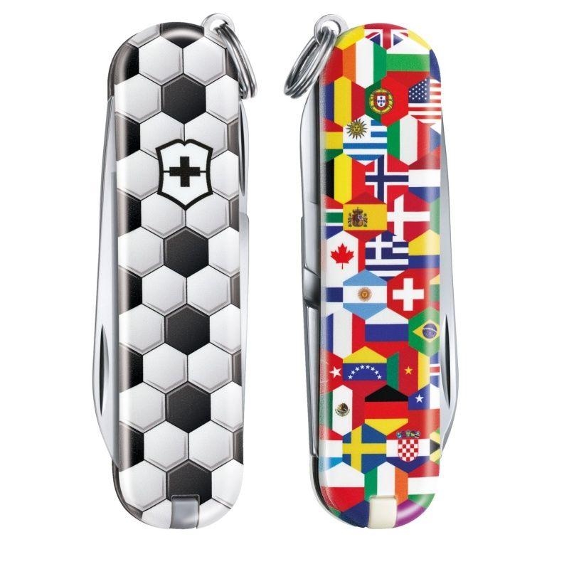 Kapesní nůž Victorinox Classic 0.6223.L2007 World Of Soccer , fotbal , míč , vlajky , FIFA , UEFA