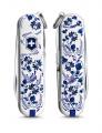 Kapesní nůž Victorinox Classic 0.6223.L2110 Porcelain Elegance , porcelán , porcelan , cibulák , cibulovy vzor